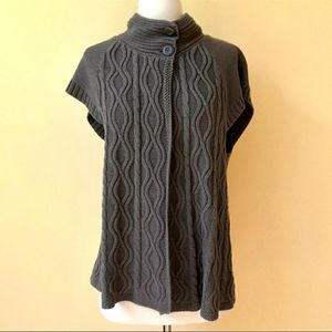 Sonoma Short Sleeve Sweater Cable Knit Button S